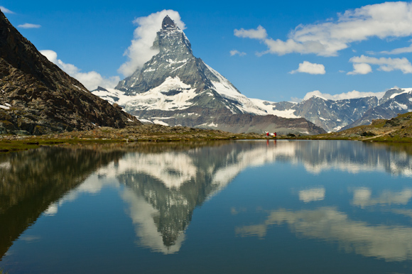 Matterhorn o Monte Cervino desde el lago Riffelsee