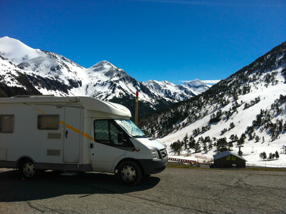 Parking estación de esquí de Vallnord