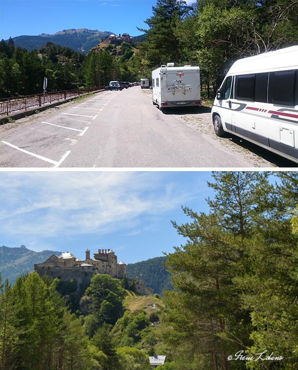 Parking y fortaleza de Queyras