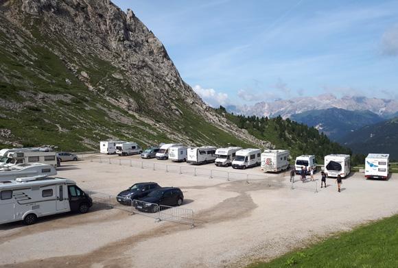 Parking del Passo Pordoi
