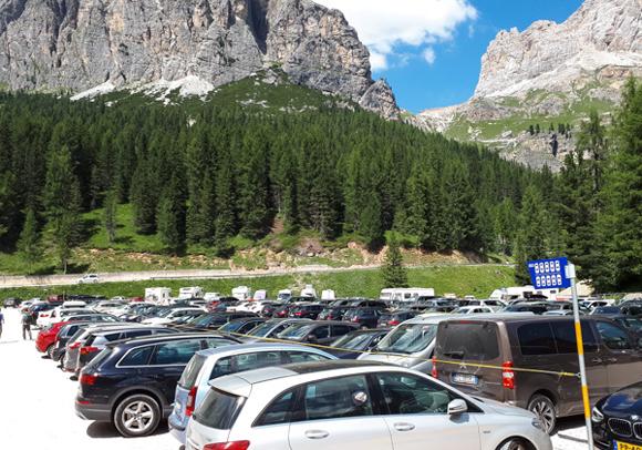 Parking del teleférico a las 5 Torres