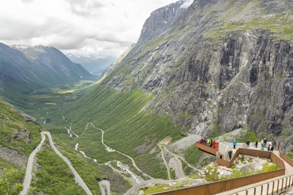 Mirador en lo alto de Trollstigen
