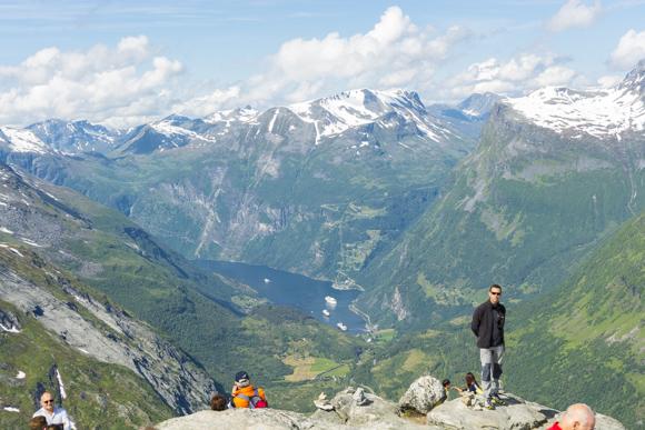 Vistas de Geiranger desde el mirador Dalsnibba