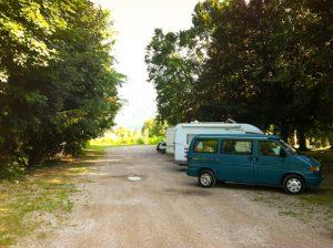 Parking en el lago de Caldonazzo