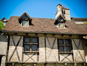 Ventanas y entramados de madera medievales